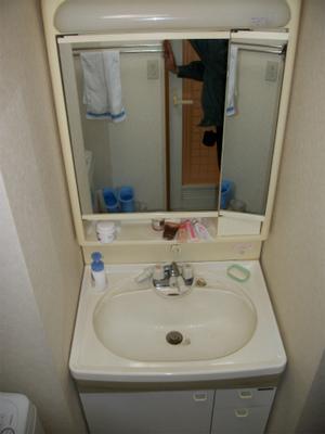 クリナップ 洗面化粧台 型式不明