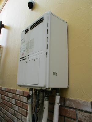 f1216b.jpg