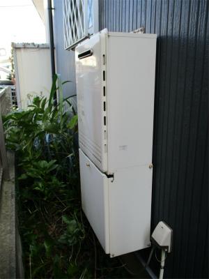 f1300b.jpg